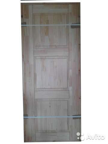 Дверь с коробкой из сосны