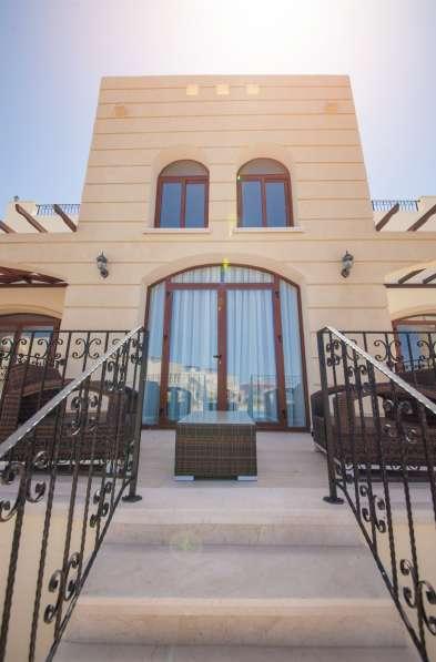 Продаются двухуровневые апартаменты г. Кирения, Бахчели