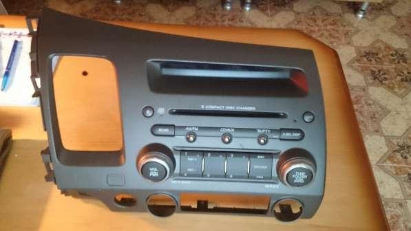 Продаю штатное Головное устройство для Honda Civic 4D