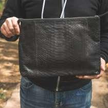 Мужская сумка из кожи питона, в Москве