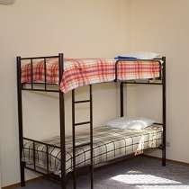 Кровати односпальные, двухъярусные металлические, в Ялте
