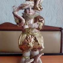 Керамическая, музыкально-механическая кукла, в г.Москва