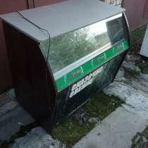 Торговая витрина дерево-стекло б/у, в Дзержинске