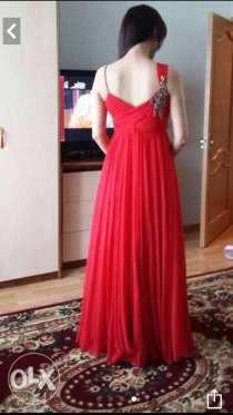 Продам платье вечернее. СРочно!, в г.Астана