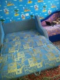 Продаю диван б/у 1 год в отличном состоянии за 6000 торг, в г.Новочебоксарск