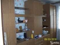 Продается стенка с двумя шкафами, письменным столом, комодом, в Туле