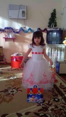 Красивое бальное платье!, в г.Симферополь