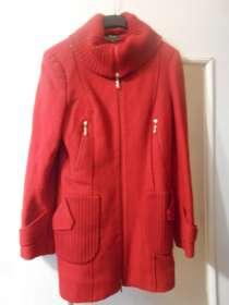 Демисезонное весеннее осеннее красное пальто драповое, в г.Запорожье