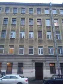 Продам квартиру у метро Чкаловская, в Санкт-Петербурге
