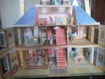 Игрушечные домик и замки из картона, в Екатеринбурге