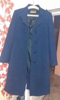 пальто женское синего цвета., в г.Артем