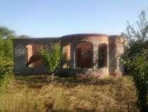 Дом с постройками и насаждениями, в г.Славянск-на-Кубани