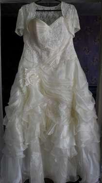 Свадебное (выпускное) платье, в Омске