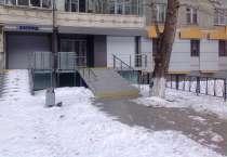 Сдам в аренду нежилое помещение на 1м этаже. жилого дома , в Челябинске