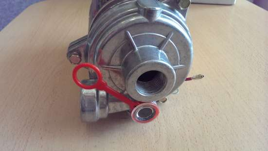 Водяной насос для автобетоносмесителя HDG-0101 (WP24-180)