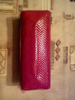 Косметичка красная, лакированная в Санкт-Петербурге Фото 4