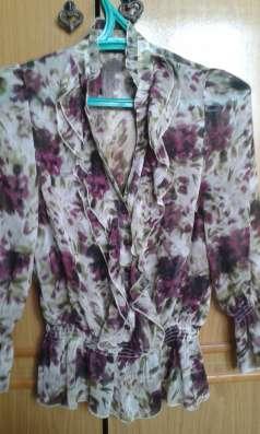 Блузки из шифона и шелка, платья трикотажные, юбки офисные