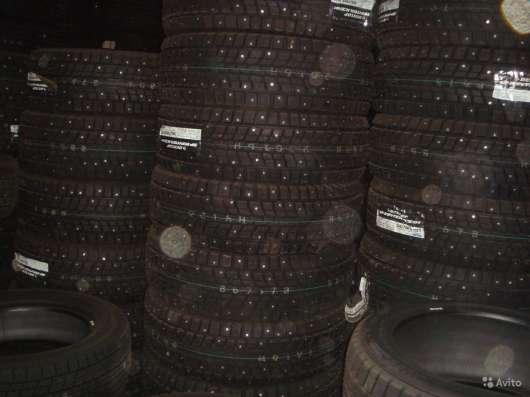 Новые зимние Dunlop 215/55 R16 Winter ICE01 в Москве Фото 2
