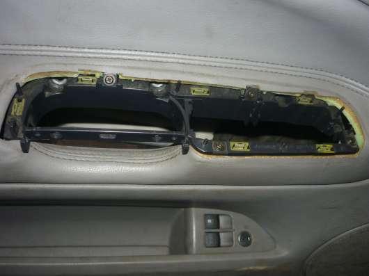 VW Passat B-5+ рамка ручки передней левой двери