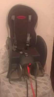 Продается велосипедное кресло для ребенка