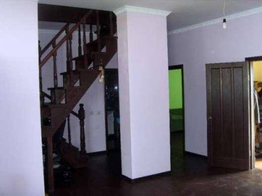 Продается 3-х этажный монолитный коттедж в поселке Борисово, Можайский р-он,96 км от МКАД по Минскому шоссе.