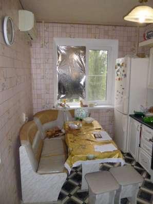 В Кропоткине 2 комнатная квартира в МКР, 50 кв. м 3/9 в Краснодаре Фото 3