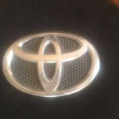 Эмблема для Тайота Аурис 2012 года