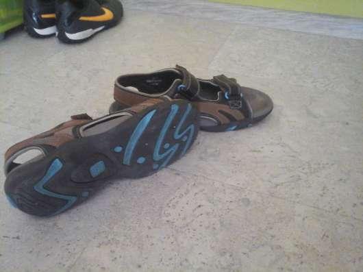 Продажа сандалей