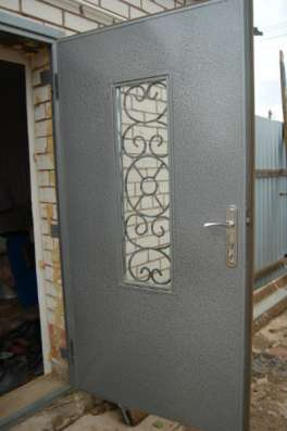 Изготовление под заказ входных дверей
