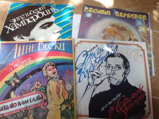 Продаю виниловые пластинки разных жанров в Москве Фото 3