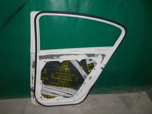 Правая задняя дверь Volkswagen Passat B7 Оригинал