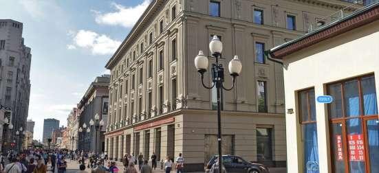 ТЦ КАДУЦЕЙ 24, 2200М², центр улицы Арбат, первая линия