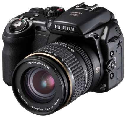 Продам Fujifilm FinePix S9600