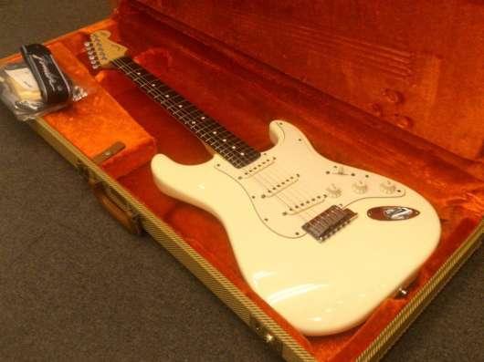 Продается гитара Fender JEFF BECK STRATOCASTER. Olympic Whit