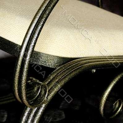 Художественное кресло-качалка, дело рук кузнеца в г. Джермук Фото 1