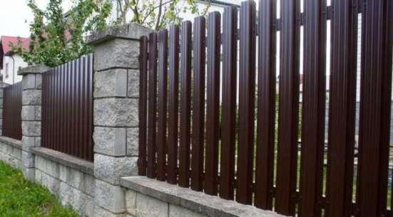 Монтаж заборов и ограждений из профлиста, рабицы, штакетника в Нижнем Новгороде Фото 4