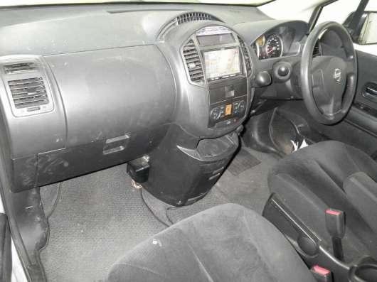 Продажа авто, Nissan, Lafesta, Автомат с пробегом 107000 км, в Екатеринбурге Фото 1