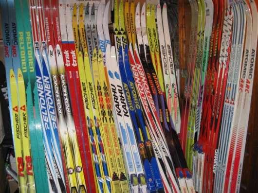 Лыжные комплекты и отдельно лыжи, палки, ботинки, крепления
