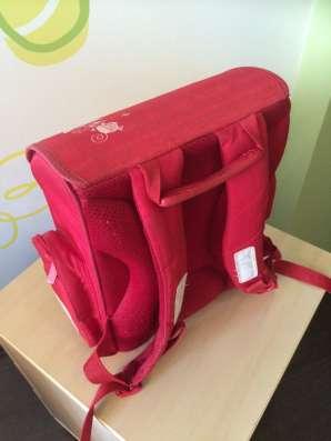 Красный школьный ранец herliz