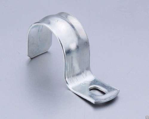 Скоба металлическая двухлапковая 12-13 мм