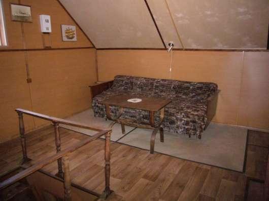 Продам участок с зимней дачей в Лебедевке озеро 5 мин ходьбы