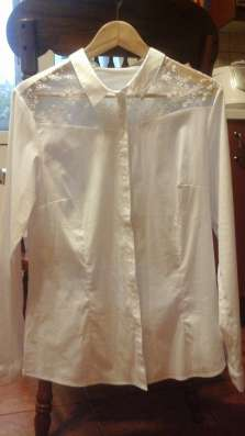 Белая блузка с кружевом в Москве Фото 1