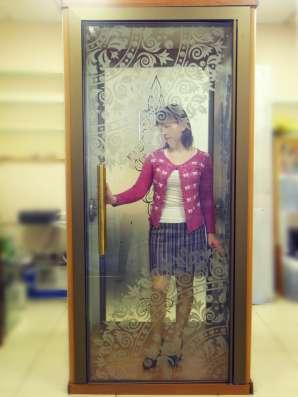 Стеклянные двери и входные группы из стекла