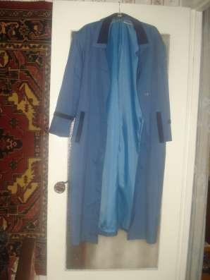 Женский плащ-пальто