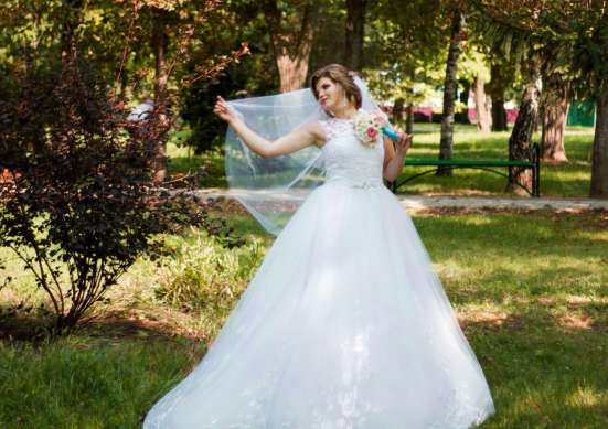 Продаю свадебное 15000 в Краснодаре Фото 1