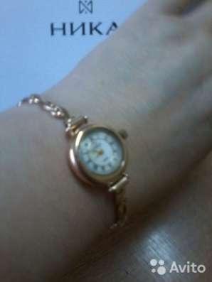 Продаю золотые часы в Энгельсе Фото 1