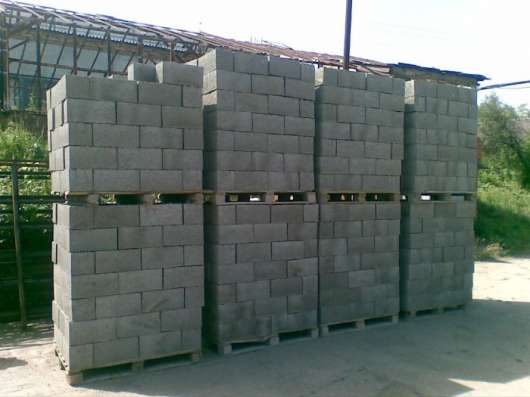 Пескоцементные блоки, пеноблоки, клей для блоков в Бронницах
