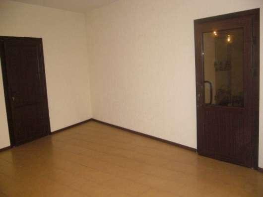 Здание:офис+торговая площадь с выходом в склад в г. Тимашевске ( 50км от Краснодара) Собственник