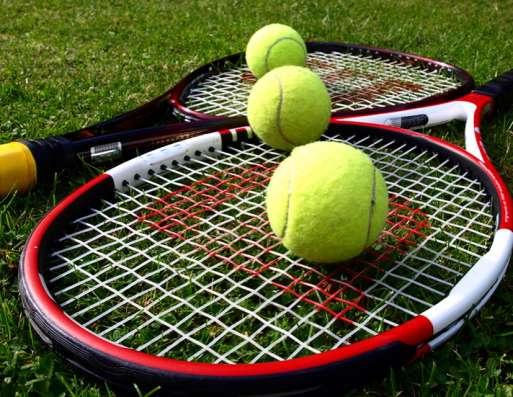 Спарринг-тренер по большому теннису