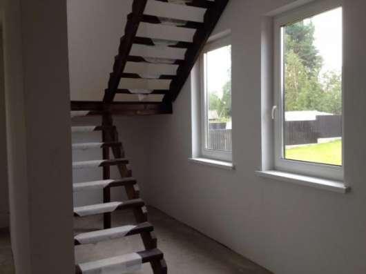 Продам: коттедж 180 кв.м. на участке 14 сот